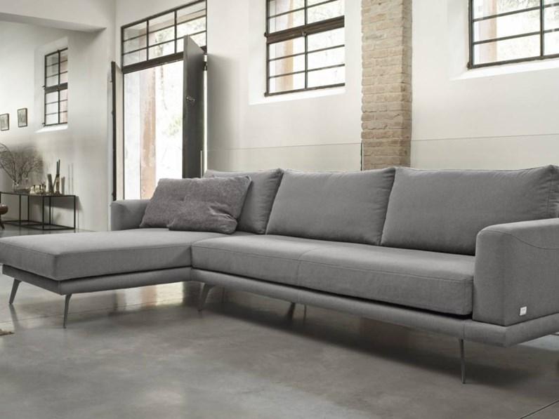 Divani per ufficio palermo divano air per ufficio lago for Sedie baxter usate